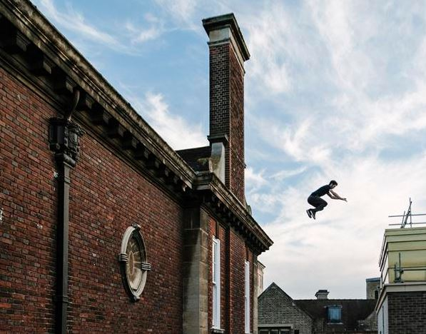 parkour off a school